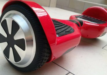 4wrd Hoverboard with Efficient Battery and Simple Handling for Excellent Riding