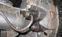 Caliper Leaking Brake Fluid, 3 Noticeable Signs to Identify the Problem