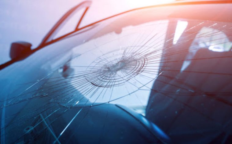 Geico Cracked Windshield that You Must Repair with Auto Insurance