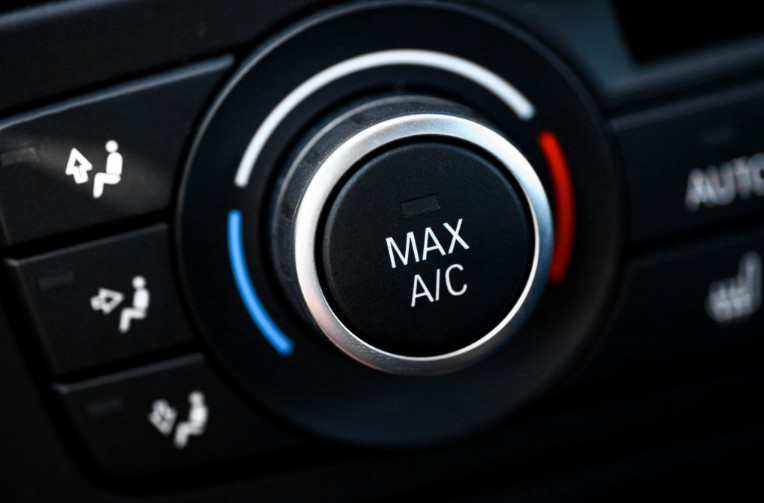 Smelly Air Conditioner Car
