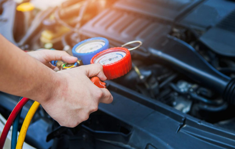 Symptoms of Overcharged Car AC that You Must Know before Regretting