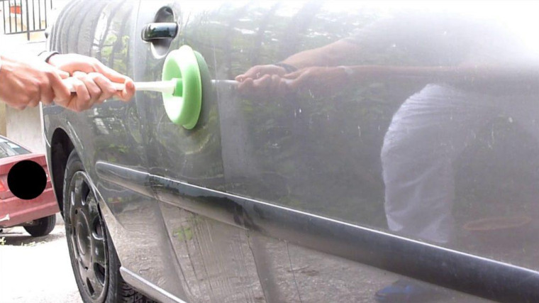 Car Dent Plunger as the Safest Hack to Remove Your Car Dents