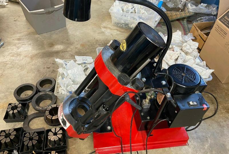 Gates Hydraulic Hose Crimper Operating Procedure Guide in Step-by-Step