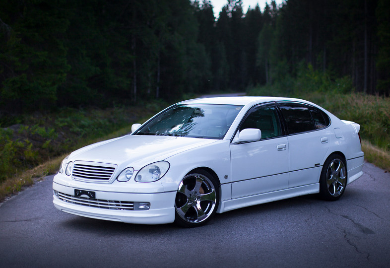 Toyota Aristo 2JZ Review as the Best Toyota's Luxurious Models
