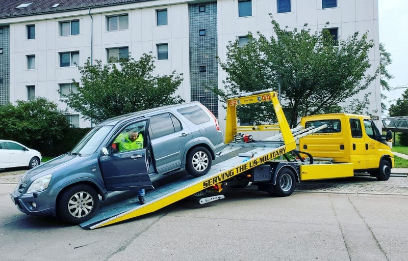 USAA Tow Service, One Call Away for Your Roadway Issues