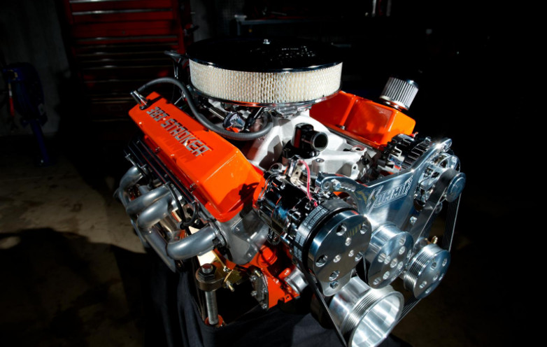 Build the 383 Stroker Block on Your Own
